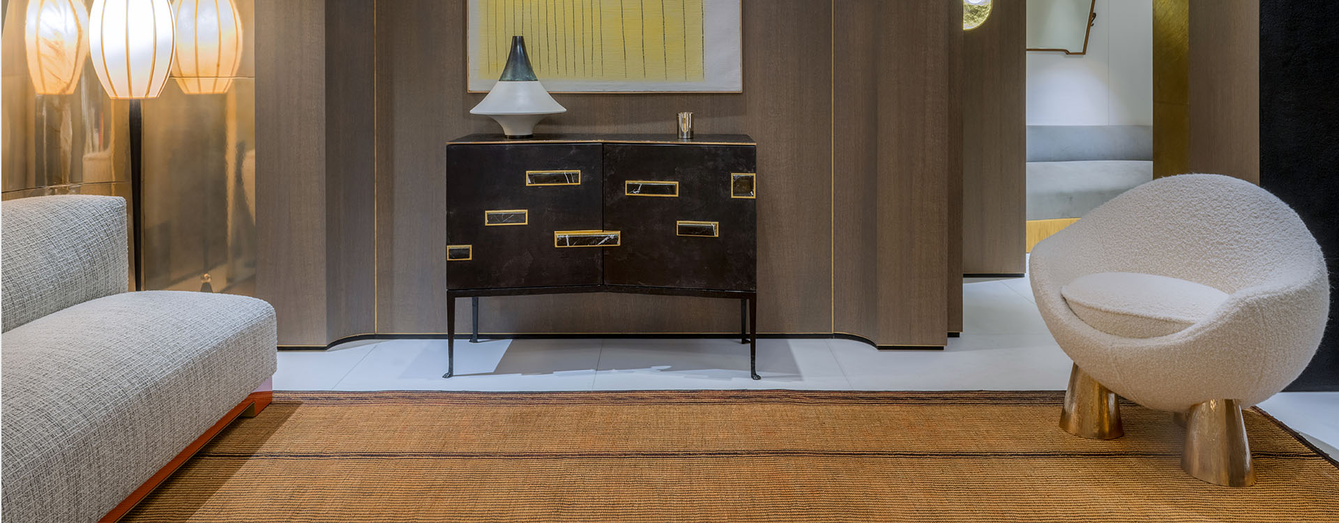 Palatino | Double door cabinet in parchment-lined wood and cast bronze structure with cast bronze top
